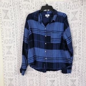 4/$30 Old Navy Blue Plaid Button Up Top
